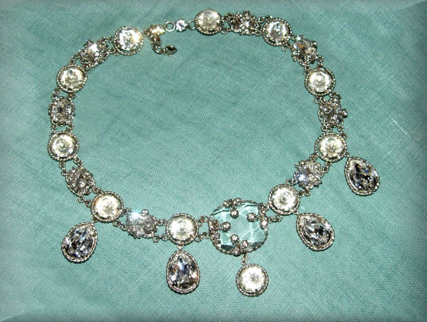 INCREDIBLE OVER THE TOP SIGNED SCHIAPARELLI RHINESTONE NECKLACE