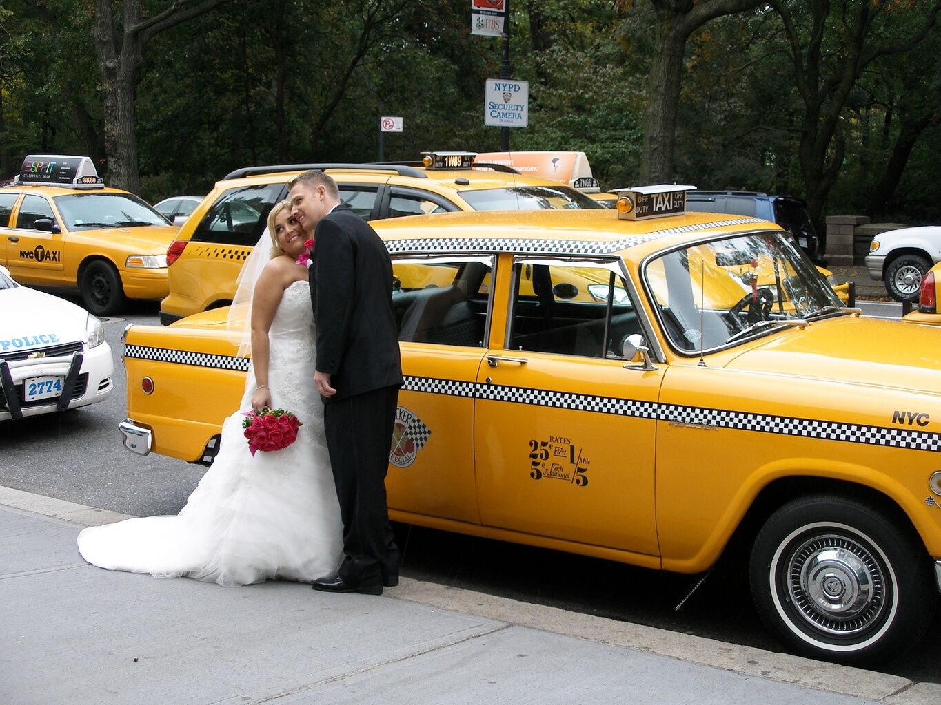 The Checker Guy Checker Cab Rentals And Car Rental For Weddings
