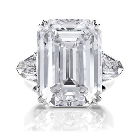 Harry Winston Engagement Rings | Harry Winston Engagement: Diamond Rings -  Classic Winston, Emerald