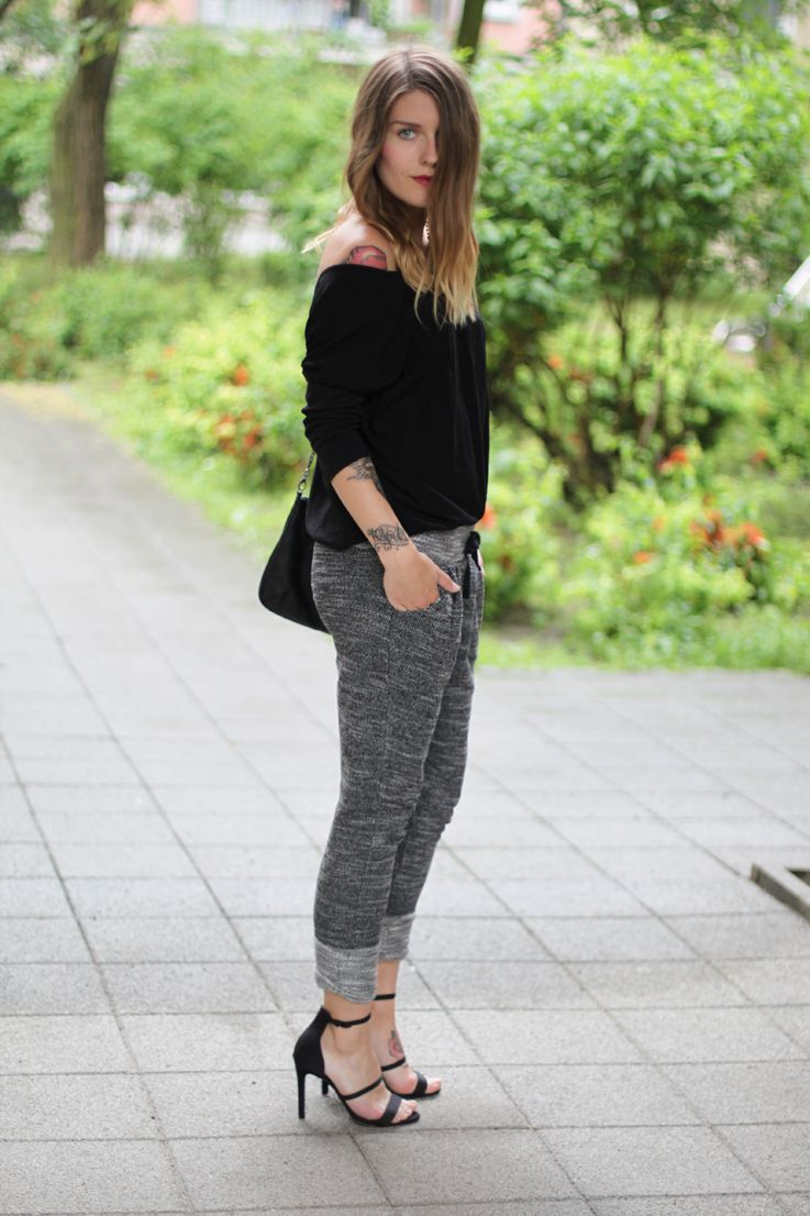 hoard of trends outfit jogging pants and high heels