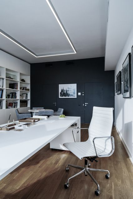 des bureaux la d coration sobre pinterest bureau d corations et deco bureau. Black Bedroom Furniture Sets. Home Design Ideas