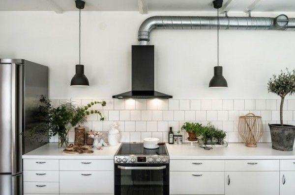 Tegels Keuken Witte : Zwarte tegels keuken: trend alert een spatwand met witte tegels en