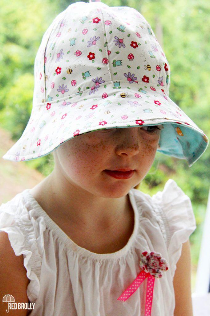 5f133091b5a School yard Sun hat- A reversible kids hat pattern - Red Brolly ...