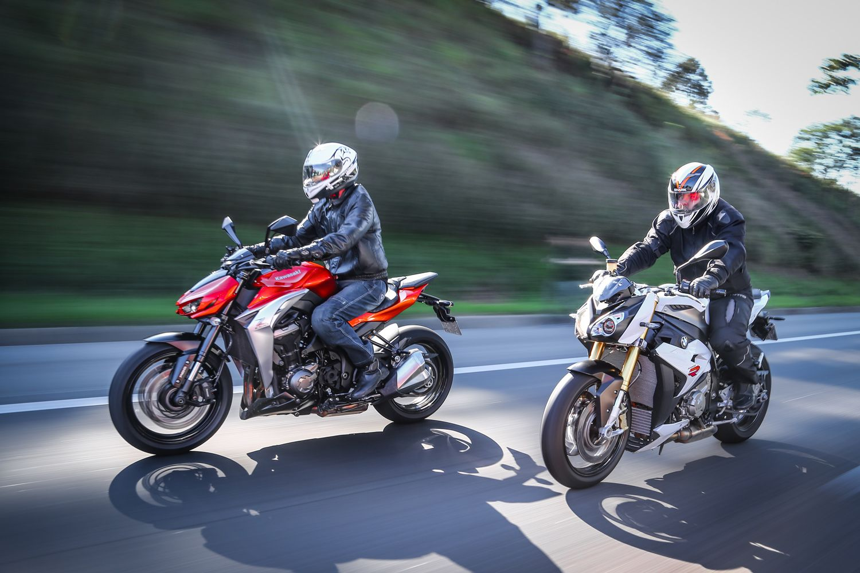 BMW S1000 R vs Kawasaki Z1000 CARPLACE #z1000 #s1000r #bmw #Kawasaki