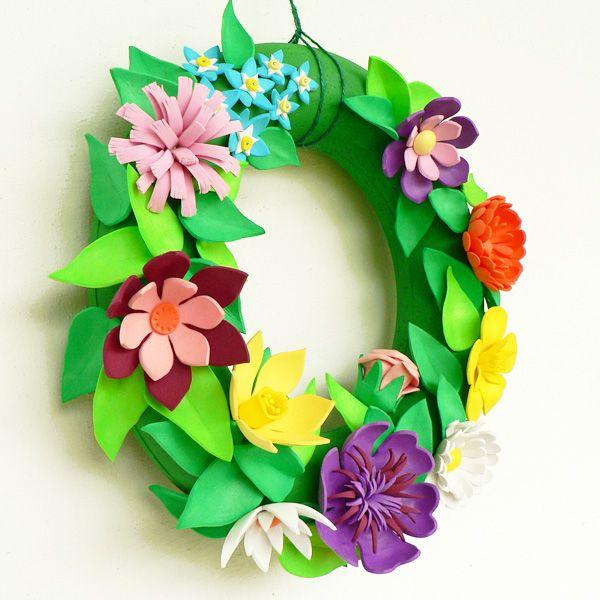 e49ef3f941 Virágos koszorú dekorgumiból - Art-Export webáruház   Hobbymuvesz ...