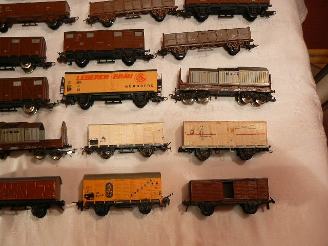 H0 Scale - Find Scale Model Scenery at http://www.modeltrainfigures.com