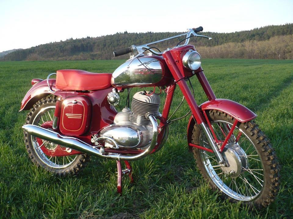 bdfa0cff2d2815d8d355948b1aaeaf58 jawa cz motorcycle & mopeds west coast motorcycles hello moto 1973 Jawa 250 California at honlapkeszites.co