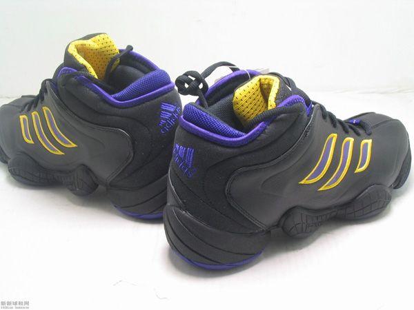 size 40 baad9 49c47 Adidas KB8 III  Christopher  Pinterest  Kobe bryant shoes, K
