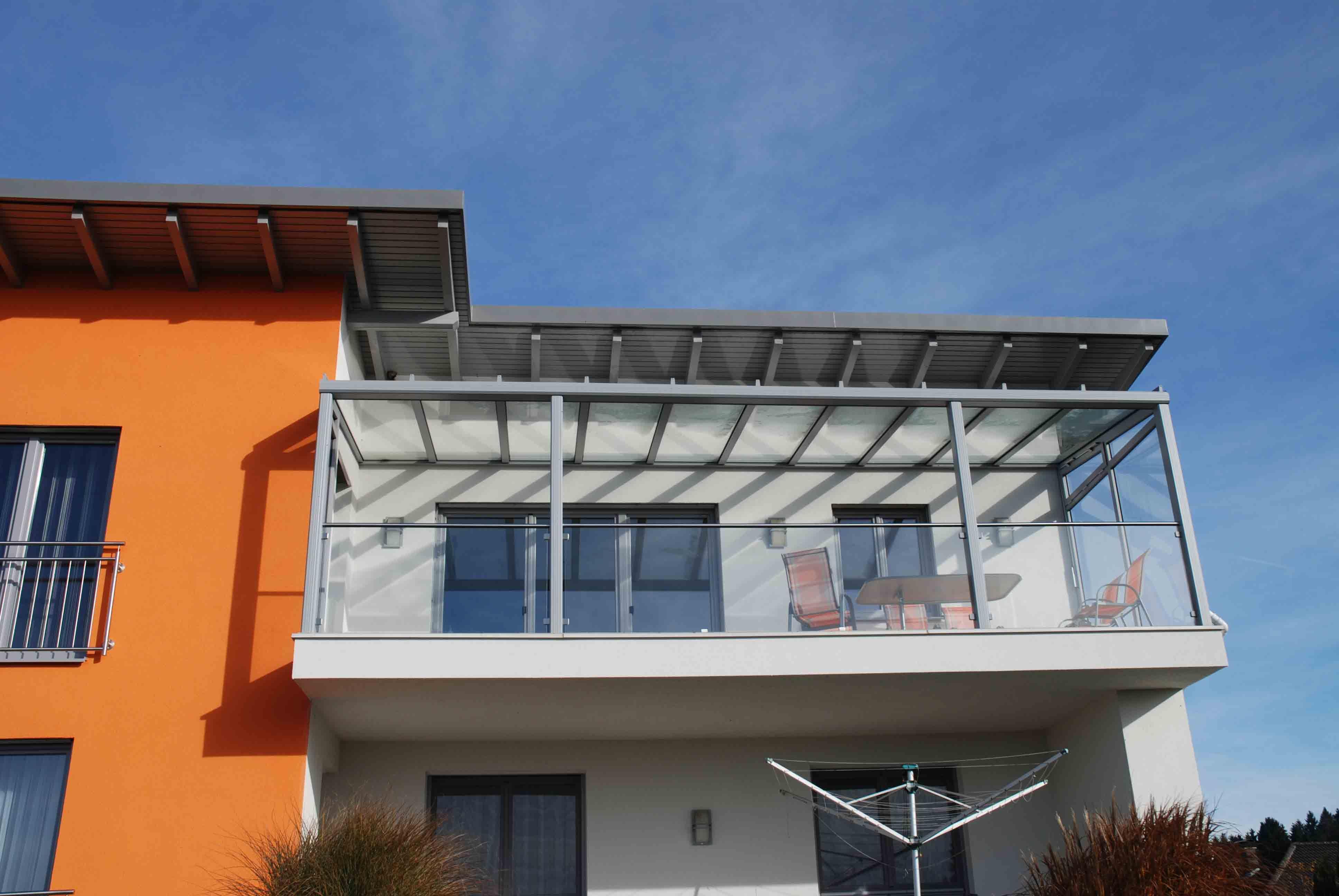 Balkonüberdachung Glas Ideen | Verglasungen // Balkon ...