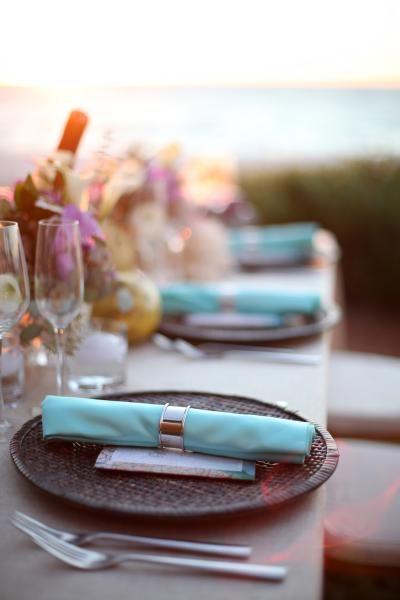 image-wedding-reception-ideas-decor-vintage-travel-place-setting-menu