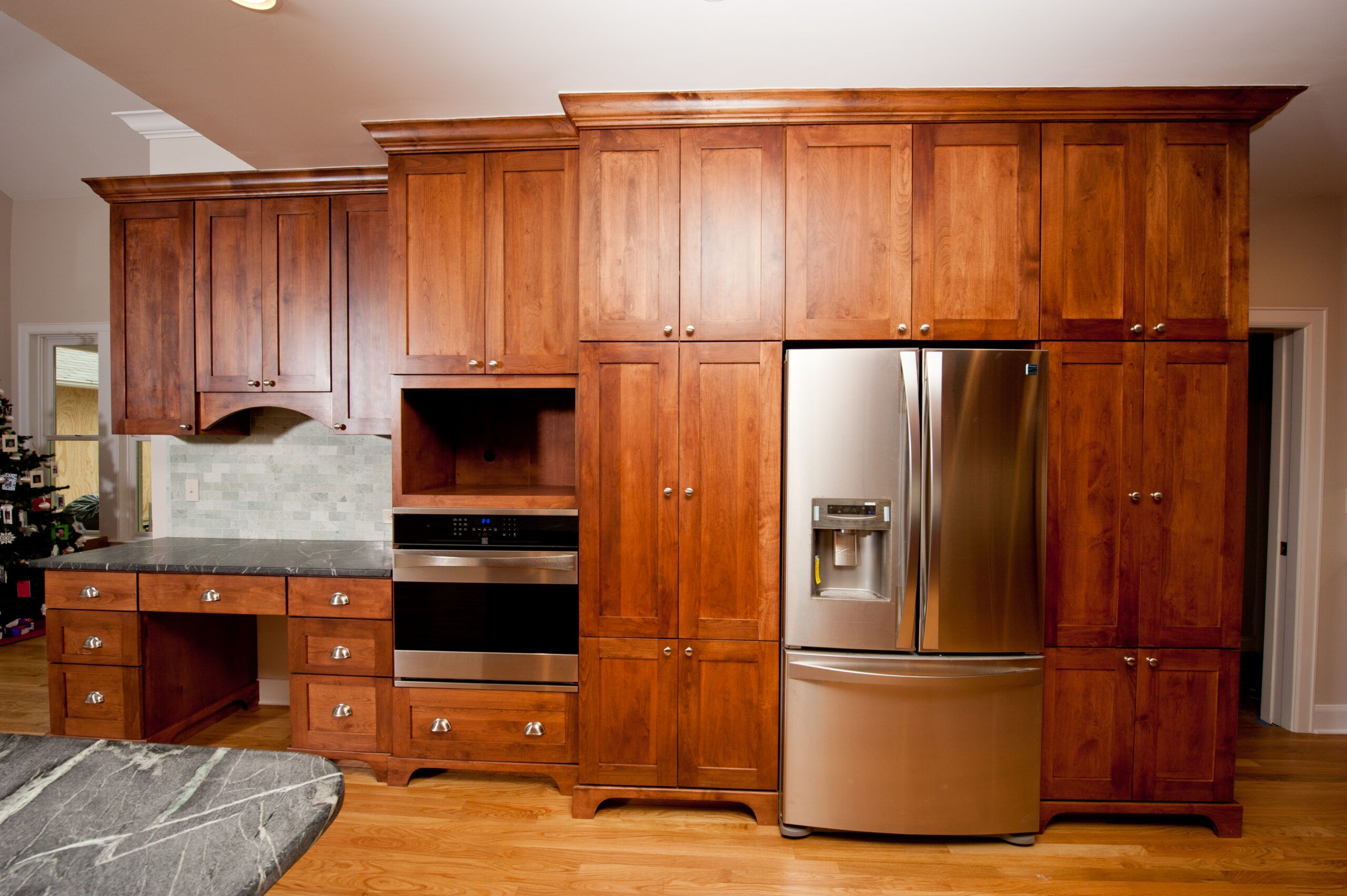 B Kitchen 1 In 2020 Contemporary Cabinets Installing Cabinets Custom Cabinets