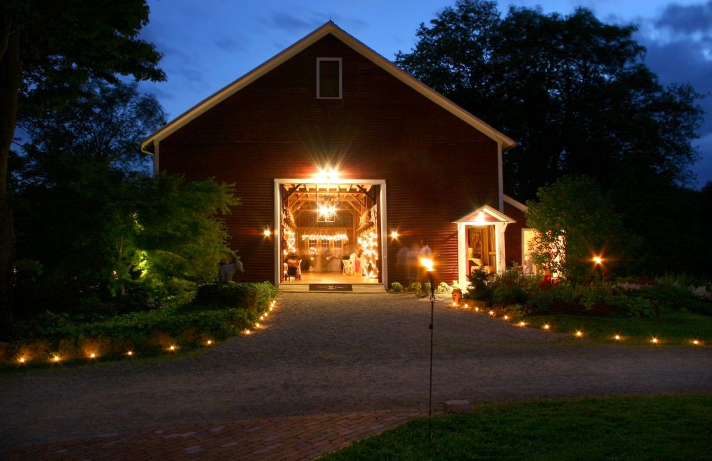 top 10 rustic wedding venues in new england barn