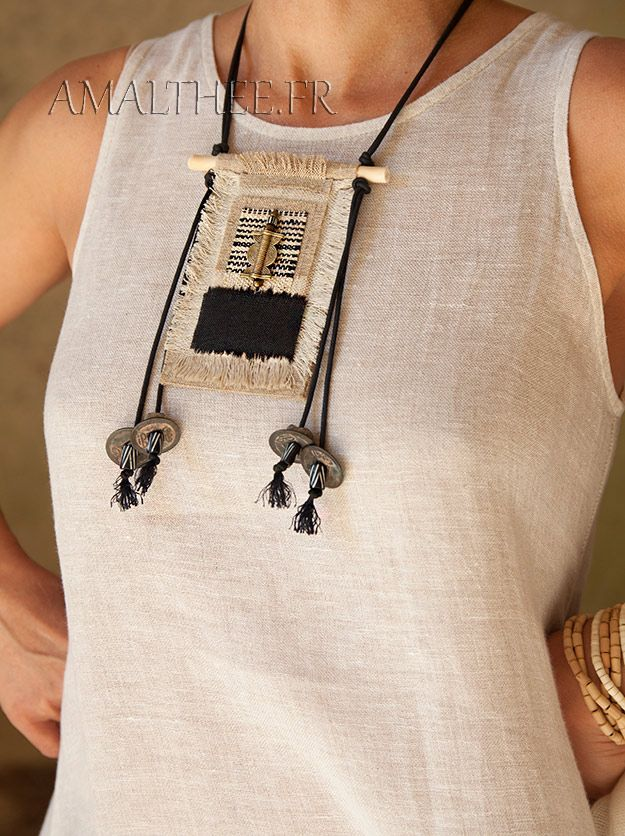 Handcraft ethnic textile necklace with linen and hemp -:- AMALTHEE -:- n° 3383