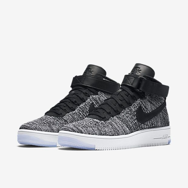 nike flyknit high top womens