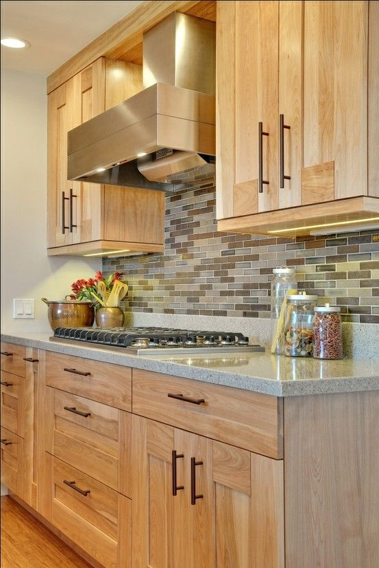 mixed kitchen cabinets i like the neutral backsplash and counter top with hickory 23430