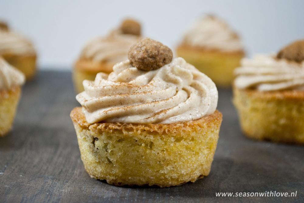 Kruidnoten cupcakes - http://www.volrecepten.nl/r/kruidnoten-cupcakes-13543134.html