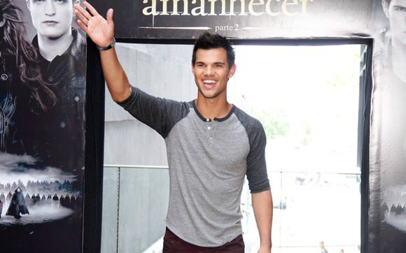 Taylor Lautner Ama As Fas Brasileiras Elas Sao Atiradas Mas