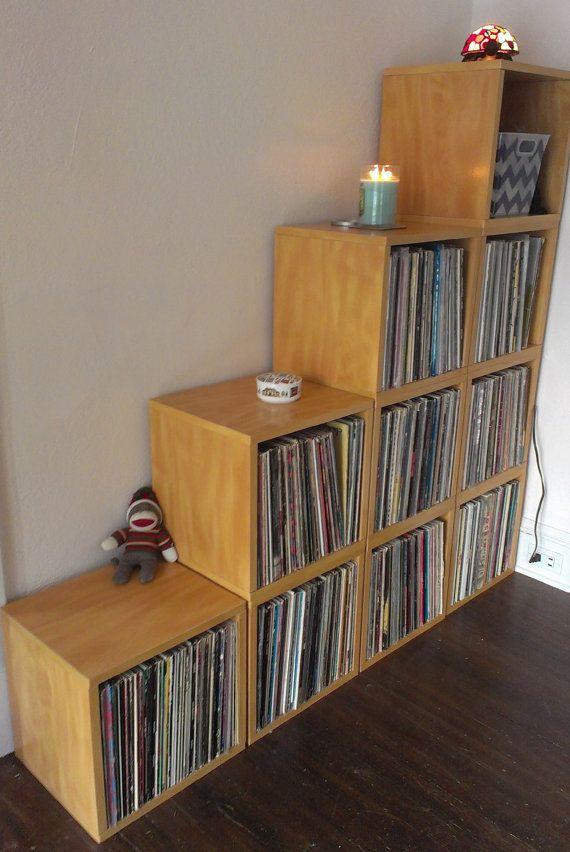 Wonderful Vinyl Record Storage Cube   Stackable LP Record Album Storage Shelf Natural    Fits 70 Records