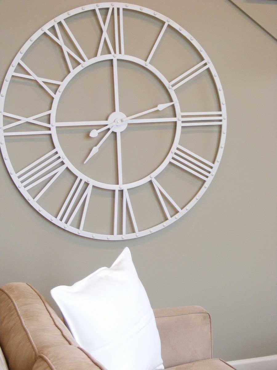 There Is Large Wall Clock For Beautiful Interior White