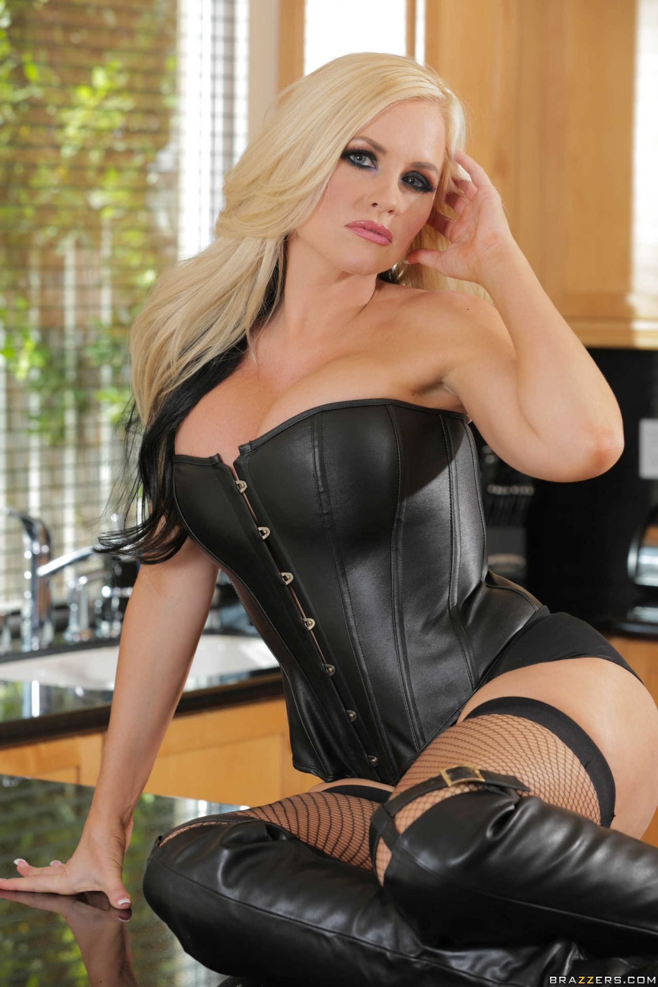 Latex corset woman transformation nails story