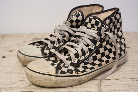 High top Vans OMFG!! I want these so bad!!  2aa6691a1