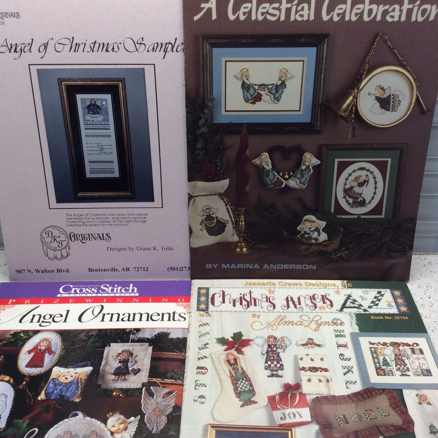 "Stoney Creek Collection-Merry Christmas/&CROSS STIT/""CH SAMPLER 1991 LOT OF 2 BKS"