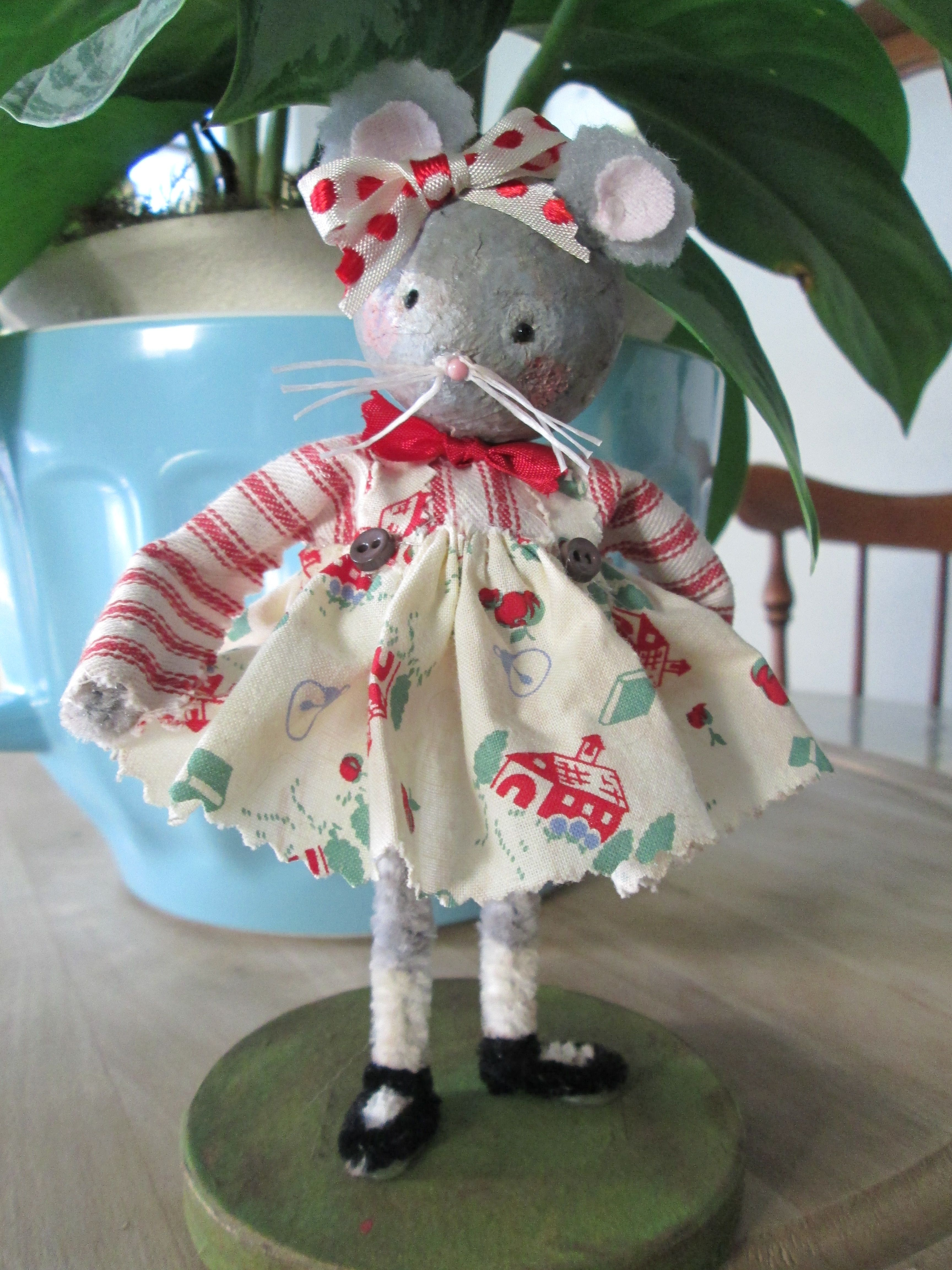 All dressed up mouse. by Cindy Erskine (avg)
