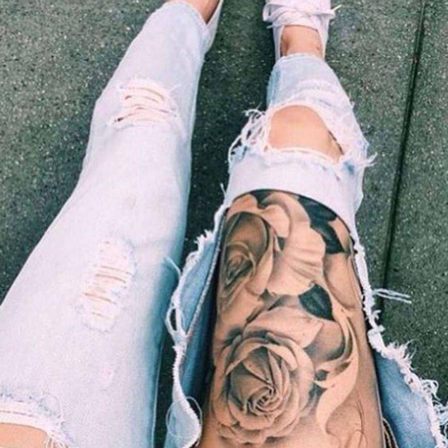 tatouage rose cuisse tatouages tattoo pinterest tatouage roses tatouages et roses. Black Bedroom Furniture Sets. Home Design Ideas