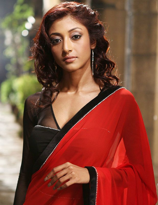 Paoli Dams Leaked Cell Phone Pictures