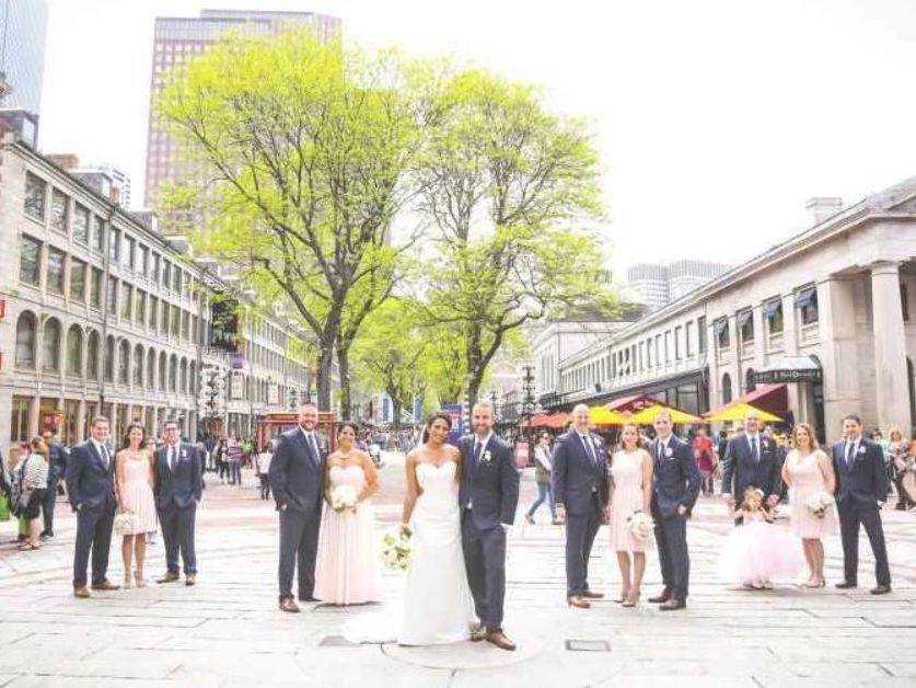 The Top 5 Most Popular Wedding Months Weddingwire Popular Wedding Wedding Details Wedding Wire