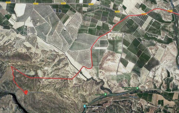 Mapa de la ubicación de la cueva y el camino de acceso.