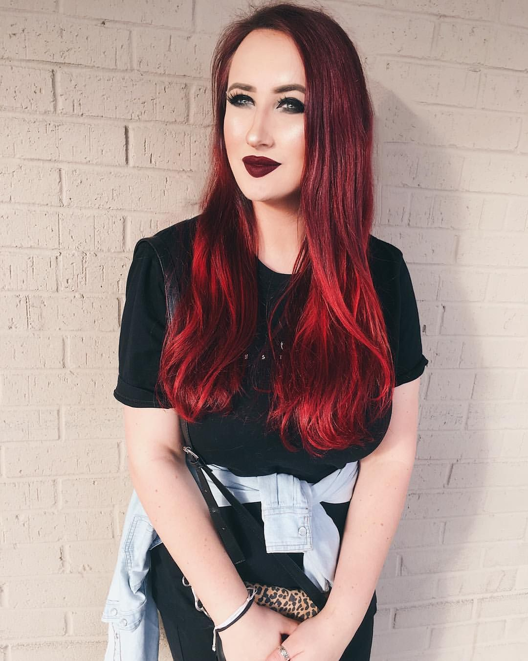 Mrscatriot Hi There Red Everything Hair Is Mix Of Wrath And Poison By Arcticfoxhaircolor Fox Hair Dye Arctic Fox Hair Color Dyed Red Hair