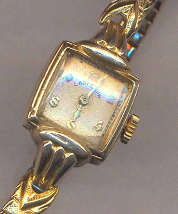 Vintage Lady Elgin Wrist Watch Ladies Wind Up Gold Elgin Watch Working Watch Engraved 1947 Vintage Christmas Gift Watch Engraving Vintage Christmas Gifts Vintage Watches Women