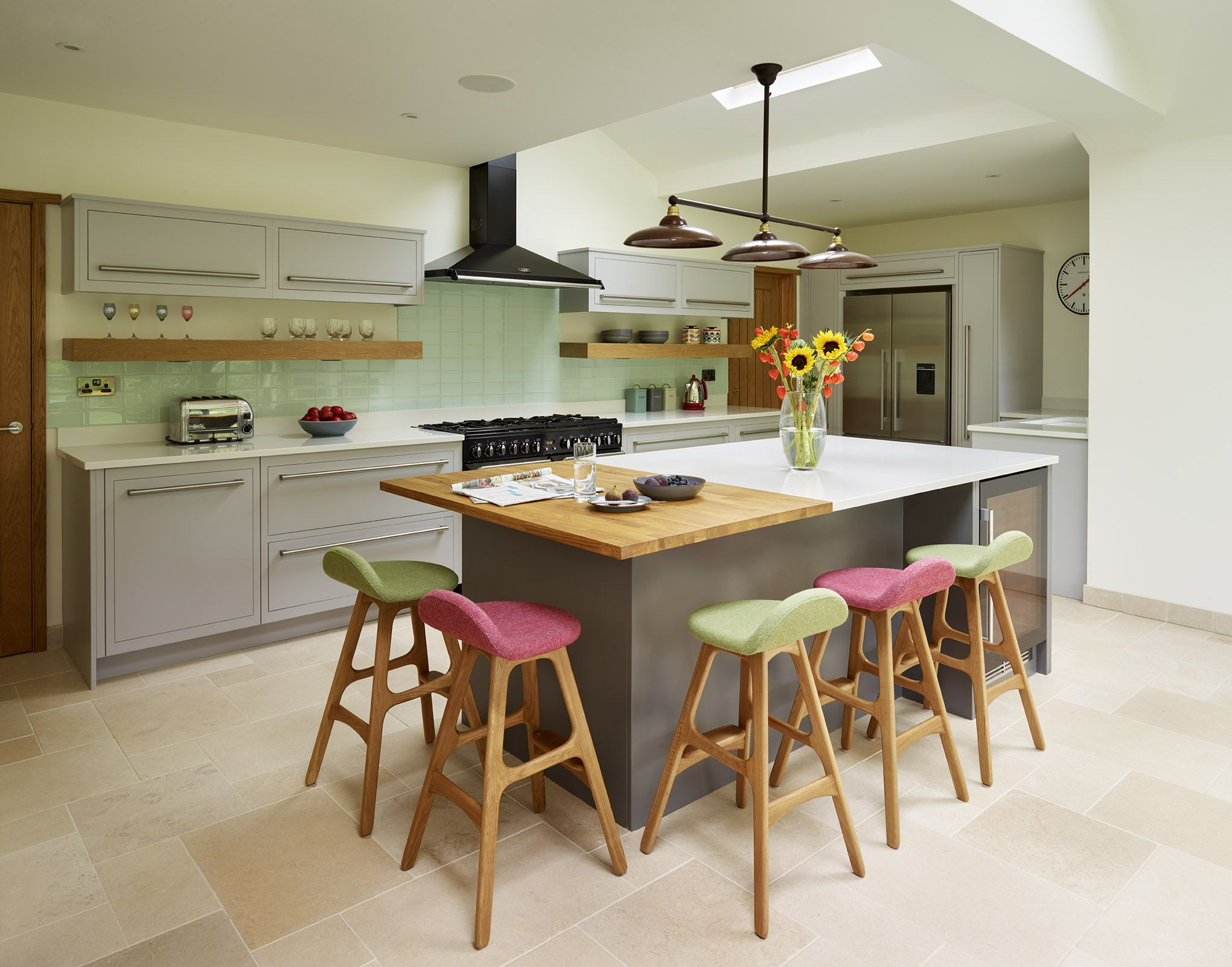 harvey jones linear kitchen with handpainted cabinetry on awesome modern kitchen design ideas id=36869