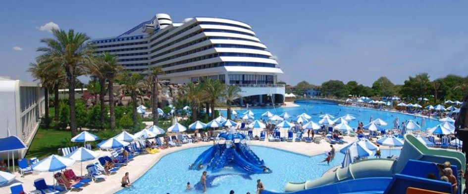 Hotel Design Titanic Hotel And Resort With Large Swimming Pool Are Recreation And Elaxation Titanic Hotel And Resort D Honeymoon Places Beach Resorts Resort
