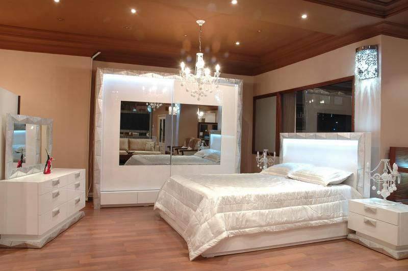غرف نوم للعرسان في الجزائر المنزل و التصميم الداخلي أفكار Classic Dining Room Holiday Room Home Interior Design