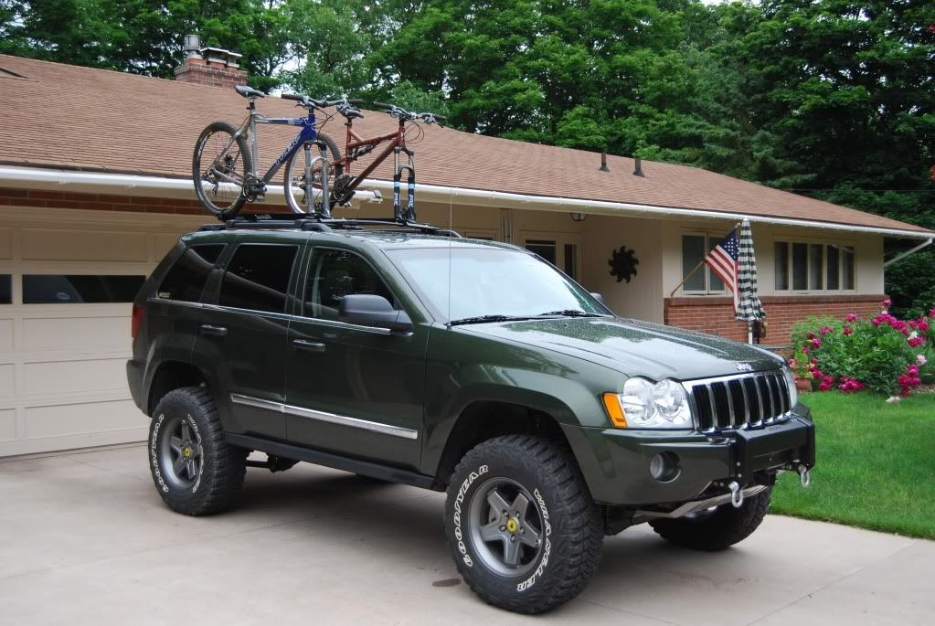 sold lifted 2006 jeep grand cherokee 5 7l hemi great. Black Bedroom Furniture Sets. Home Design Ideas