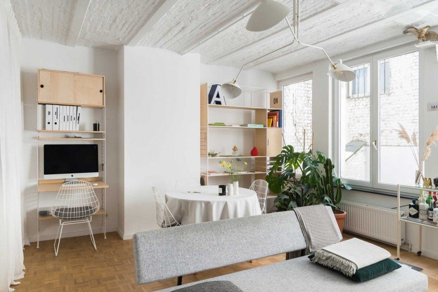Witte en lichte woonkamer | White and bright living room | vtwonen ...