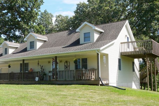 COUNTRY LIVING JUST MINUTES FROM KIRKSVILLE!Built in 1997, this 4 bedroom, 3.5 bath 2-story on 3.2 acres has a lot to offer. Upstairs features a full bath, office space, ...