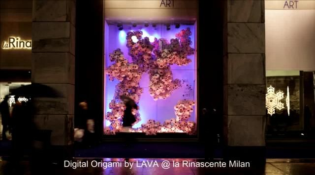 People, take note this incredible window is constantly changing.  Digital Origami La Rinascente Milano by LAVA. #Window #Display