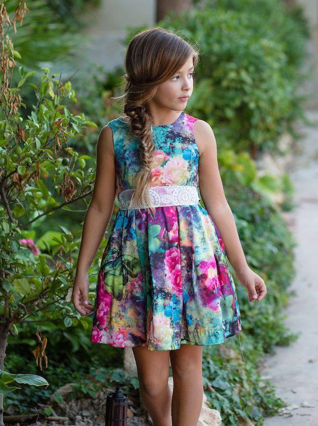 Vestidos elegantes floreados para ninas