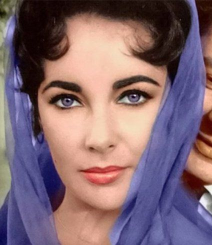 Ever Heard Of Purple Eyes Alexandria S Genesis Elizabeth Taylor Had It With Images Elizabeth Taylor Eyes Elizabeth Taylor Celebrities