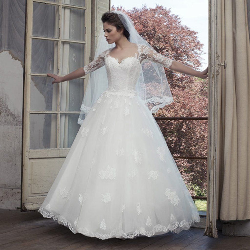 Vintage lace yarn appliques back half sleeve sweetheart ball gown