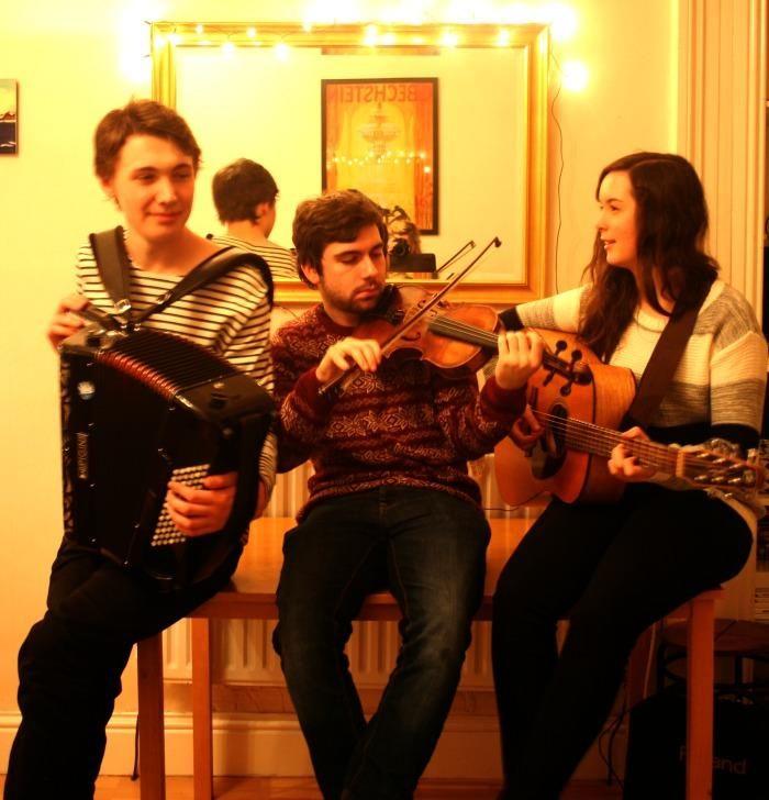 Heisgeir comprises Jamie MacDonald (Fiddle/ Gaelic Song