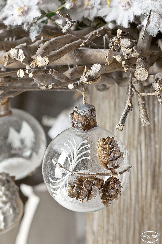 Addobbi Natalizi Vetro.Addobbi Natalizi In Vetro Christmas Bulbs Christmas Ornaments Winter Wreath