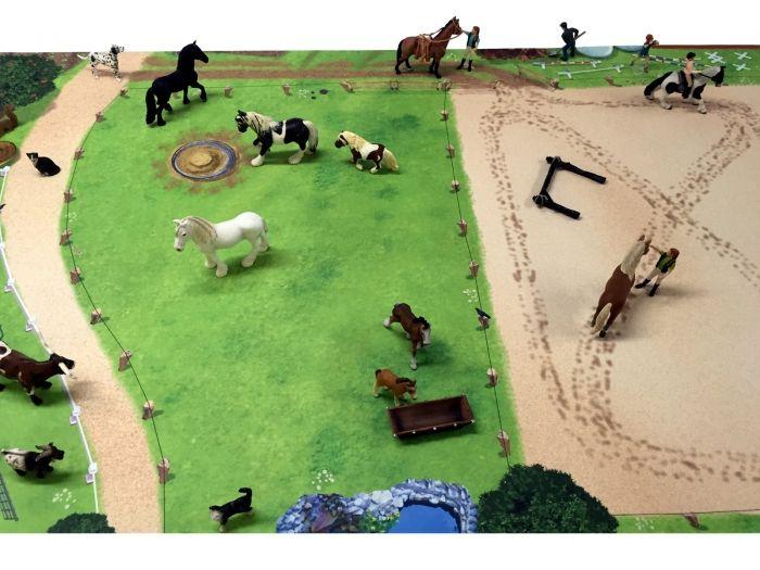 Pferdekoppel Spielmatte Spielteppich Ideal Fur Tiere Und Figuren