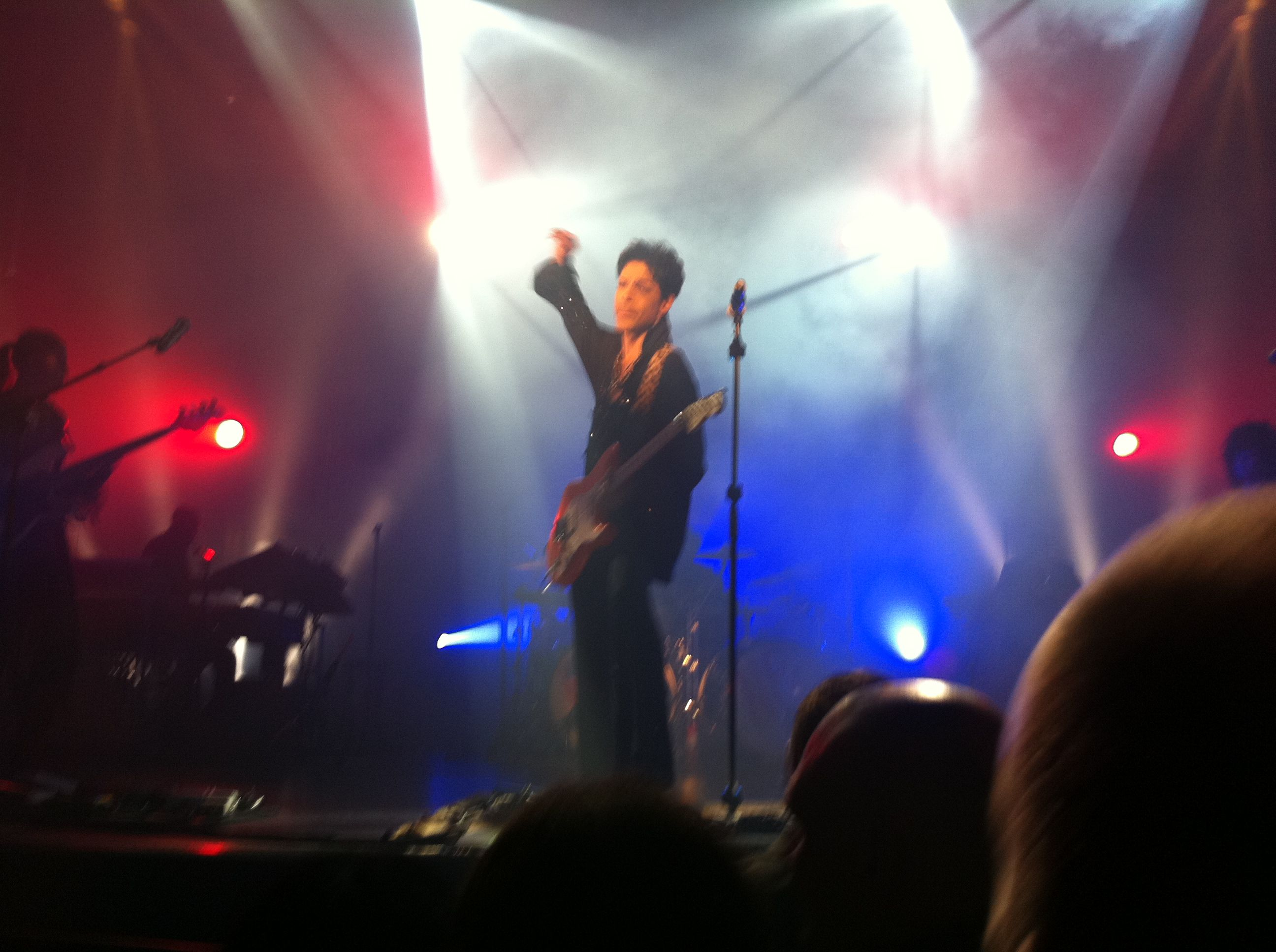Prince!! wanted to jump on stage.