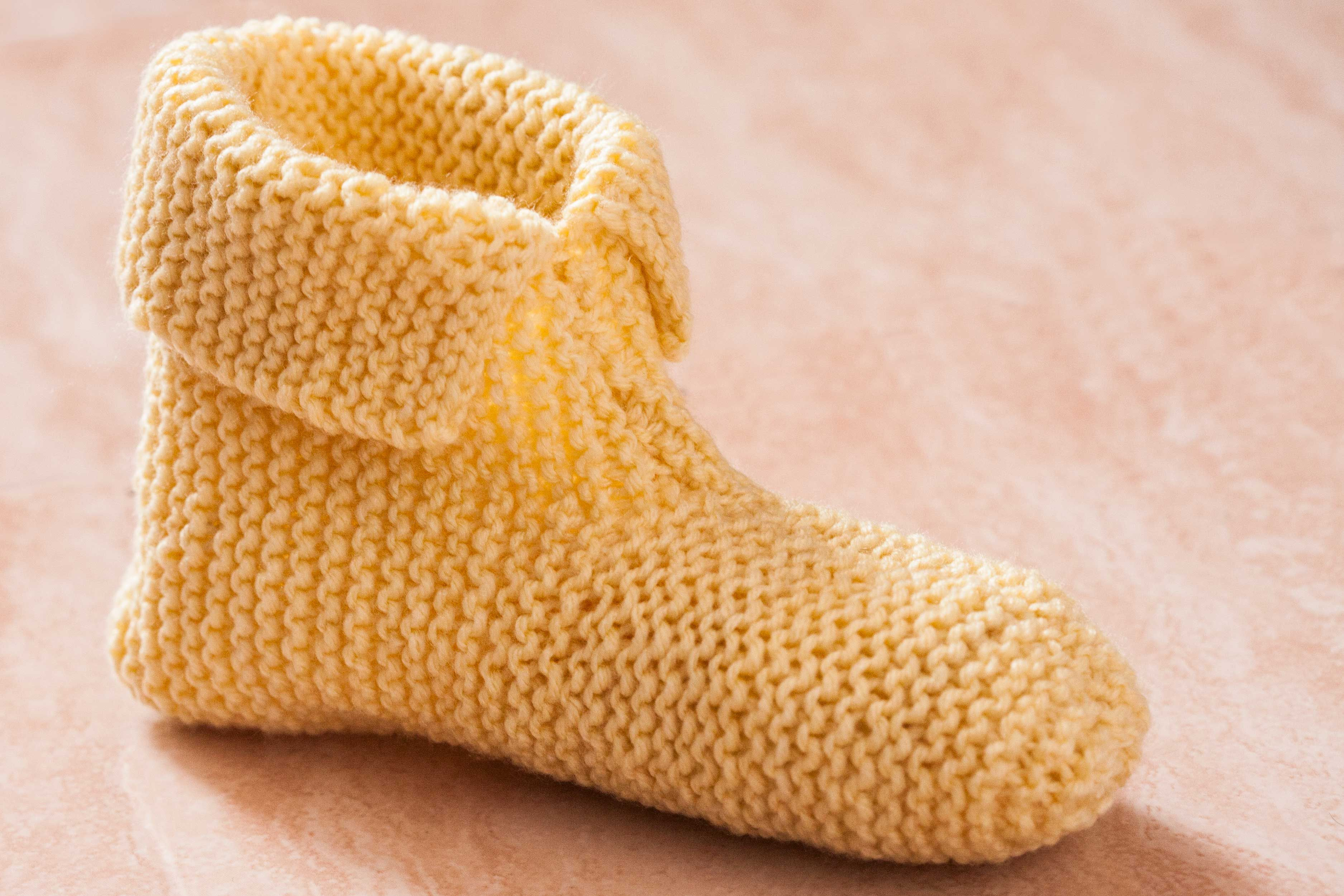 How To Knit Slippers For Beginners Love To Knit Pinterest