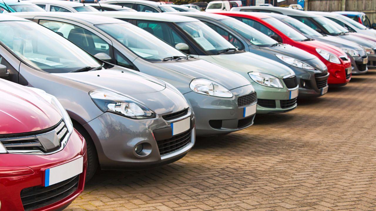 Neuwagenkäufe gehen zurück Verliert das Auto seinen Ruf