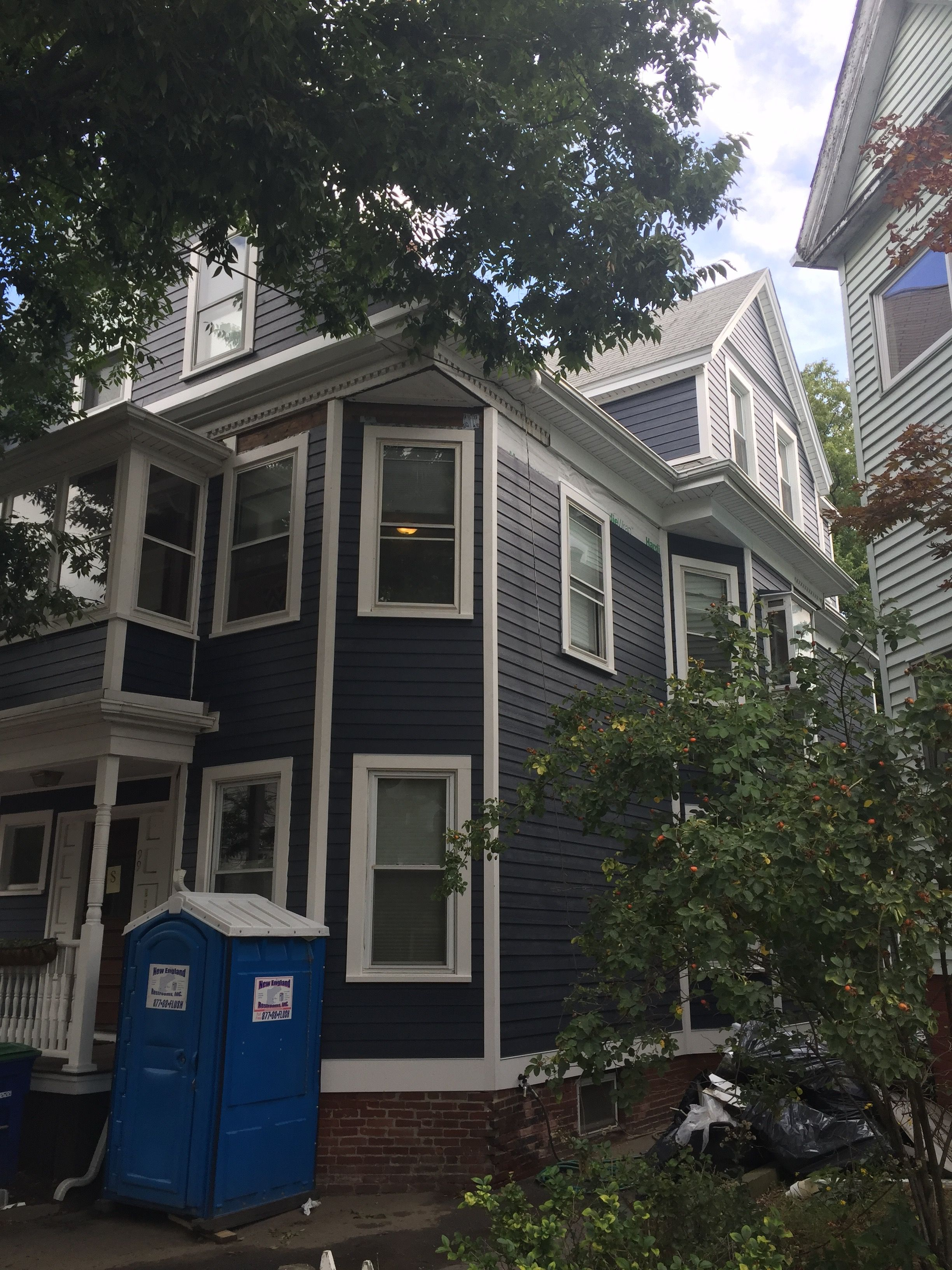 Pbs Installed James Hardie Fiber Cement Siding Cedar Mill With Hardie House Wrap Siding Color Is Deep Ocean T Hardie Siding Ocean House Window Trim Exterior
